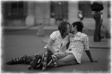 Kissing on Place Royale